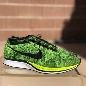 Nike Flyknit Racer sneaker